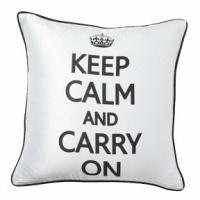 Подушка с короной и надписью Keep Calm and Carry On DG Home Pillows