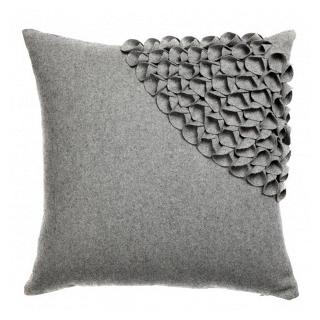 Подушка с объемным узором Alicia Gray 2 DG Home Pillows DG-D-PL405
