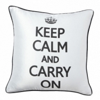 Подушка с короной и надписью Keep Calm and Carry On DG Home Pillows