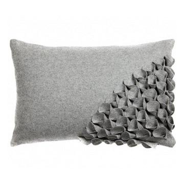 Подушка с объемным узором Alicia Gray DG Home Pillows DG-D-PL401